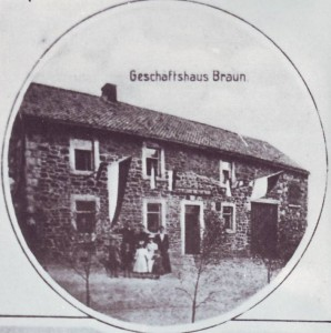 RE-1-Seite20-Geschäftshaus-Braun