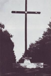 RE-1-Seite141-Kreuz-und-Altar